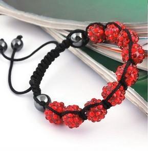 Красный браслет Шамбала с плетением из чёрной нити с гематитовыми бусинами купить. Цена 79 грн или 250 руб.