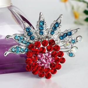 Яркая большая брошь «Боярышник» в виде красного цветка с бирюзовыми лепестками купить. Цена 99 грн