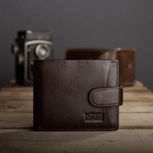Классический кожаный бумажник «KAFA» шоколадного цвета с застёжкой на кнопку купить. Цена 599 грн