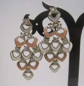 Нарядные серьги «Шамаханские» с розовой и кремовой эмалью и кристаллами Stellux фото 1