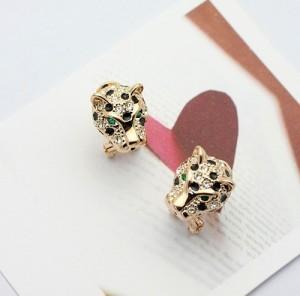 Стильные серьги «Леопард» (бренд-ITALINA) в виде позолоченной головы кошки с камнями Сваровски фото. Купить