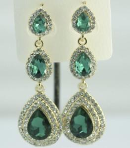 Висячие серьги «Маджоре» с камнями зелёного цвета в форме капли в металле под золото фото. Купить