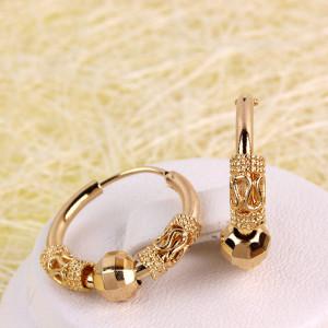 Небольшие серьги «Ромалы» в циганском стиле с золотой бусиной на кольце фото. Купить