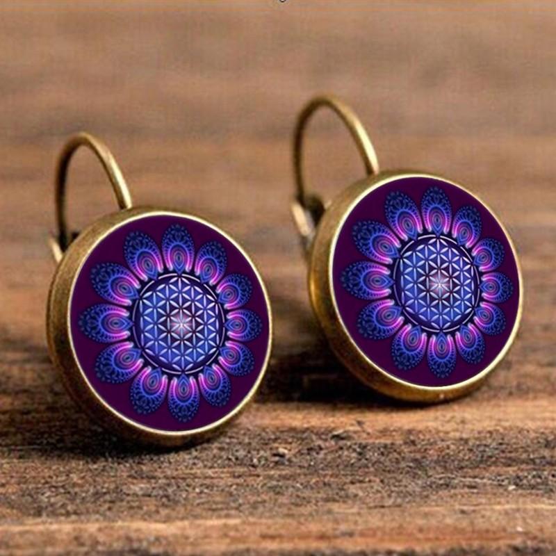 Лёгкие летние серьги «Lotus Charm» красивого фиолетового цвета без камней купить. Цена 125 грн