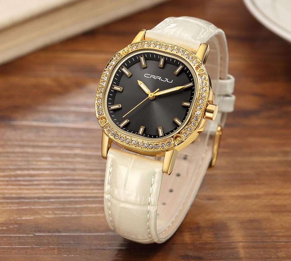 Интересные женские часы «CRRJU» с бежевым лаковым ремешком купить. Цена 650 грн