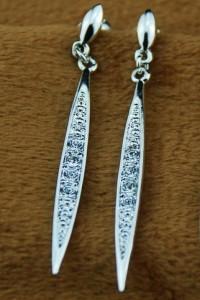 Узкие стреловидные серьги «Таллин» (бренд-ITALINA) с кристаллами Сваровски и позолотой фото 1
