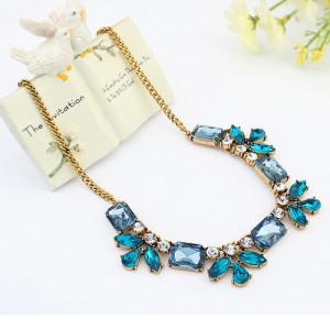 Нежное ожерелье «Магдалена» с синими, голубыми и цвета морской волны камнями в металле под античное золото фото. Купить