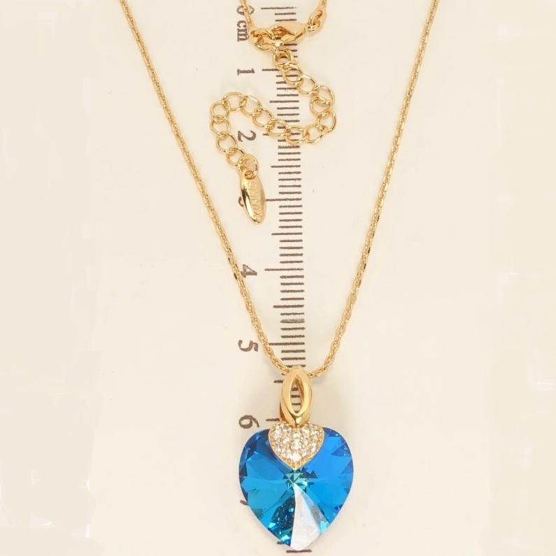 Романтичная подвеска «Сердце Океана» с голубым камнем Swarovski и позолотой купить. Цена 350 грн