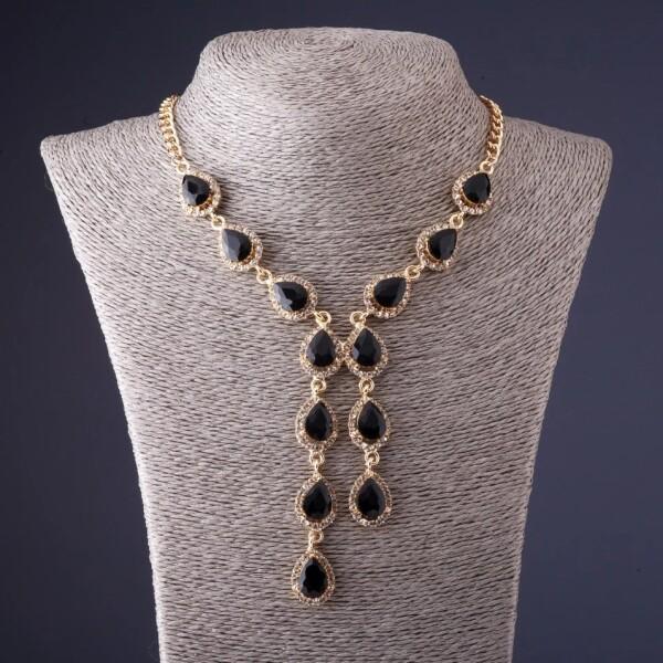 Красивое ожерелье «Камилла» с чёрными камнями в оправе золотого цвета купить. Цена 275 грн