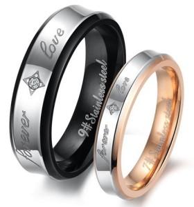 Красивые парные кольца «Luxury» из ювелирной стали с цирконом и надписями купить. Цена 180 грн
