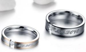 Стальное кольцо «Luxury» с надписью «My Love» с квадратным цирконом и цветной каймой купить. Цена 180 грн