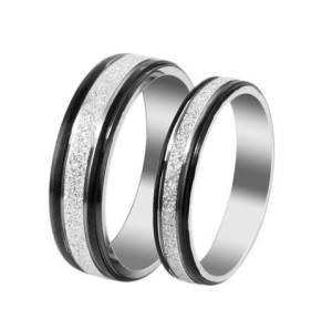 Обручальные кольца «Luxury» из ювелирной стали с чёрной каймой, без камней купить. Цена 180 грн