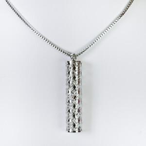 Серебристая подвеска «Миллениум» со стразами в колбе на длинной цепочке фото. Купить