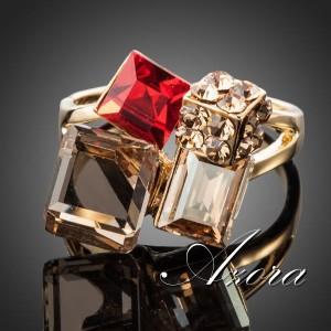 Очень красивое кольцо «Пикассо» (бренд-AZORA) с цирконами, кристаллами Swarovski и позолотой купить. Цена 260 грн или 815 руб.