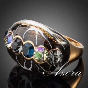 Широкое кольцо «Магия» (бренд-AZORA) с эмалью чёрного цвета, золотым покрытием и камнями Сваровски купить. Цена 185 грн