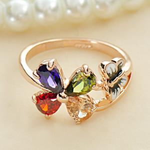 Милое колечко «Цветок» (бренд-ITALINA) с цветными камнями Сваровски и позолотой купить. Цена 120 грн