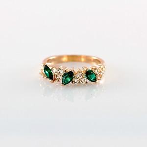 Тонкое кольцо «Истра» (бренд-ITALINA) с зелёными камнями Сваровски и покрытием из розового золота купить. Цена 190 грн