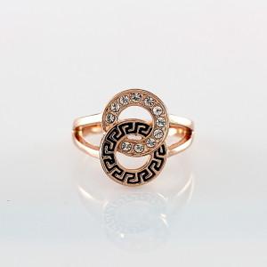 Греческое кольцо «Герастрат» (бренд-ITALINA) с бесцветными стразами Сваровски и золотым напылением купить. Цена 220 грн или 690 руб.