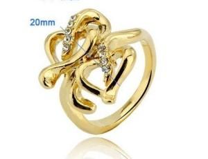 Ажурное кольцо «Листелла» со стразами и имитацией жёлтого золота купить. Цена 89 грн