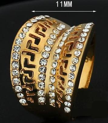 Широкое кольцо «Амфитеатр» в античном стиле со стразами и покрытием под жёлтое золото купить. Цена 99 грн