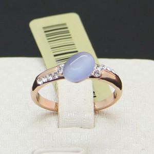 Маленькое кольцо «Сирень» (Viennois) с камнем кошачий глаз фиолетового цвета и кристаллами Сваровски купить. Цена 175 грн