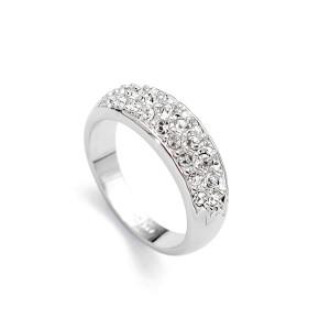 Скромное кольцо «Монреаль» (бренд-ITALINA) с кристаллами Сваровски и покрытием из белого золота купить. Цена 220 грн