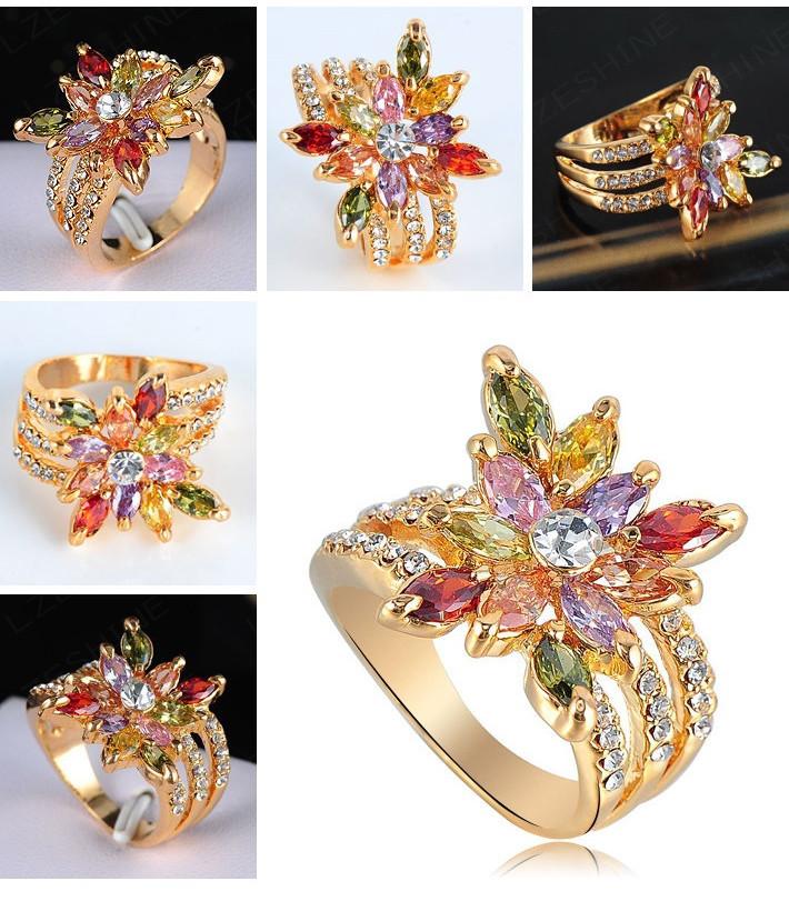 Яркое кольцо «Радость» с разноцветными кристаллами Сваровски и позолотой купить. Цена 280 грн
