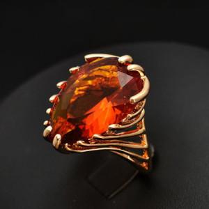 Массивное кольцо «Огненное» с большим камнем оранжевого цвета купить. Цена 110 грн или 345 руб.