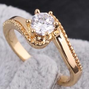 Изящное кольцо с 18-ти каратным золотым напылением и круглым фианитом купить. Цена 110 грн