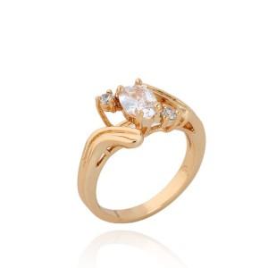 Позолоченное кольцо оригинальной формы с бесцветными цирконами купить. Цена 165 грн или 520 руб.