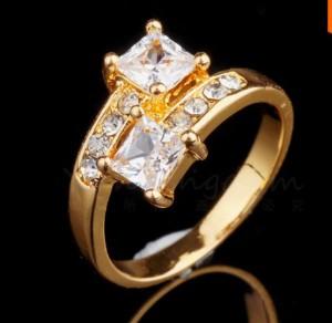 Красивое кольцо «Леонора» с двумя прозрачными камнями и стразами купить. Цена 125 грн