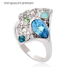 Необычное кольцо «Забава» с камнями Сваровски и покрытием из белого золотом купить. Цена 230 грн
