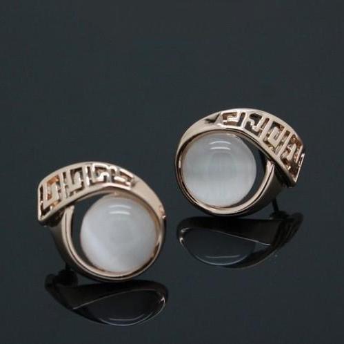 Греческие серьги «Олимпия» с опаловым стеклом и 18-ти каратным золотым напылением купить. Цена 240 грн