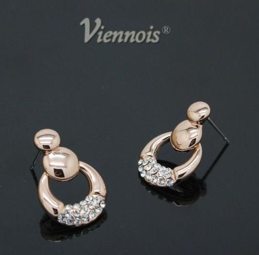 Позолоченные серьги «Петельки» (Viennois) в виде колечек с кристаллами Сваровски купить. Цена 175 грн