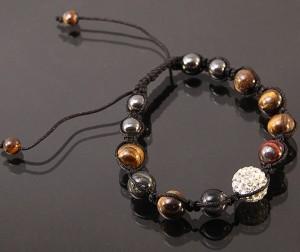 Плетёный браслет Шамбала из бусин тигрового глаза и гематита фото. Купить