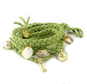 Длинный браслет «Фенечки» из зелёного шнура, заплетённого в косичку купить. Цена 49 грн