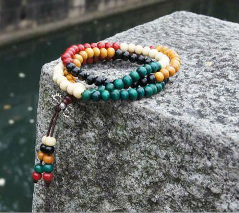 Цветной браслет-чётки «Махатма» из мелких деревянных бусин купить. Цена 65 грн