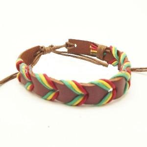 Узкий браслет из коричневой кожи с разноцветными шнурками на скользящем замке купить. Цена 55 грн