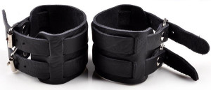 Широкий кожаный браслет чёрного цвета с двумя ремешками с пряжкой купить. Цена 285 грн