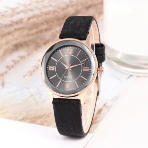 Милые женские часы «Quartz» с гранённым стеклом на черном циферблате фото. Купить