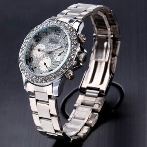 Модные женские часы «Geneva» с металлическим браслетом и стразами на циферблате и корпусе фото 1