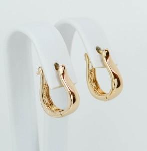 Обычные серьги в форме плоской скобы с 18-ти каратным золотым напылением фото. Купить