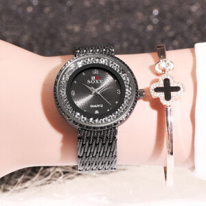 Стильные часы «SOXY» полностью чёрного цвета с красивым браслетом и стразами фото. Купить