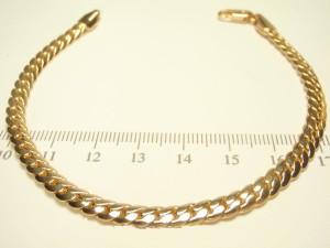Простой браслет классического плотного панцирного плетения с отличной позолотой купить. Цена 215 грн или 675 руб.