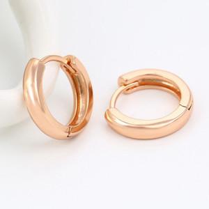 Классические серьги-колечки небольшого размера с покрытием из золота купить. Цена 89 грн