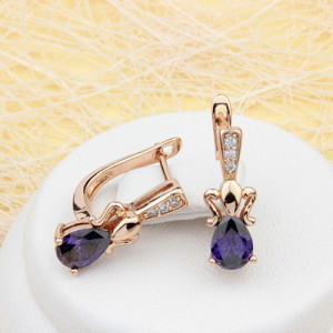 Позолоченные серьги «Гавайи» с фиолетовым камнем в форме капли купить. Цена 165 грн
