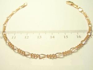 Ювелирный браслет с декоративным плетением Картье и качественной позолотой купить. Цена 145 грн или 455 руб.