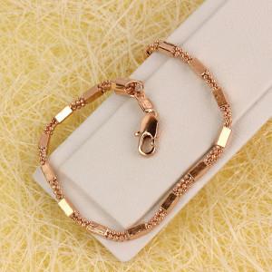 Красивый браслет комбинированного плетения с розовой позолотой фото. Купить