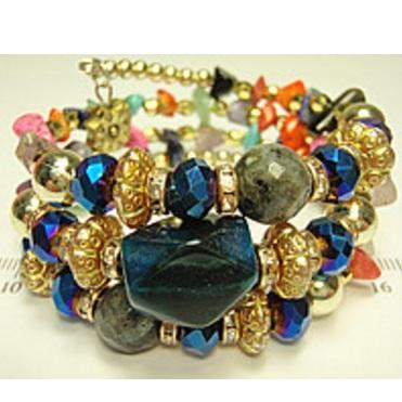 Восточный браслет «Гвинея» с разноцветными камнями и цветными бусинами купить. Цена 155 грн