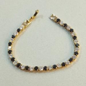 Позолоченный браслет «Мурена» с небольшими кристаллами чёрного и белого цвета купить. Цена 365 грн